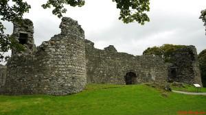 Zamki zdziedzińcem zamkniętym - Inverlochy Castle